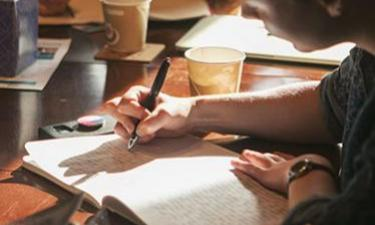 Weekend Intensive: Free Verse—What It Is, and How to Write It